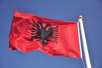 Biluthyrning Albanien