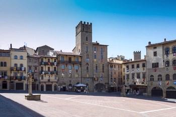 Bilutleie Arezzo