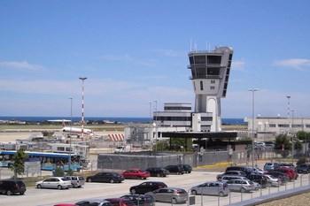 Bilutleie Bari Lufthavn
