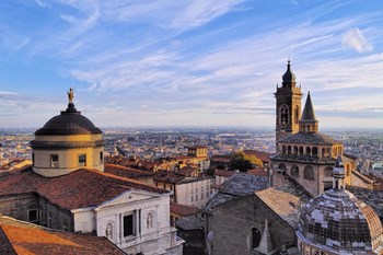 Biluthyrning Bergamo