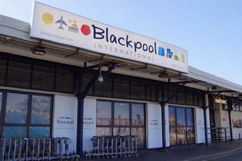 Autovuokraamo Blackpool Lentokenttä