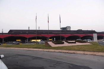 Wynajem samochodu Bolonia Lotnisko