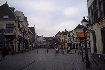 Biluthyrning Breda
