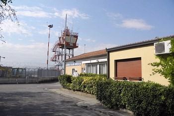 Biluthyrning Brescia Flygplats