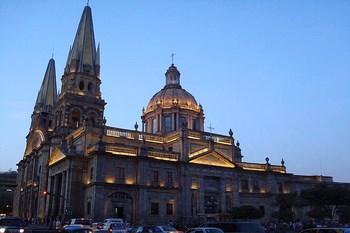 Autopůjčovna Guadalajara