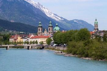 Autovuokraamo Innsbruck