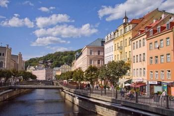 Autovuokraamo Karlovy Vary