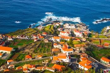 Autovuokraamo Madeira