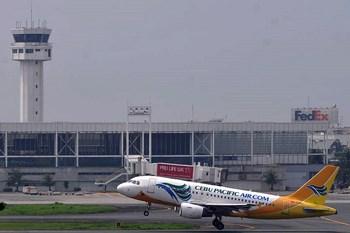 Autovuokraamo Manila Lentokenttä