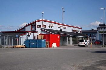 Autovuokraamo Narvik Lentokenttä