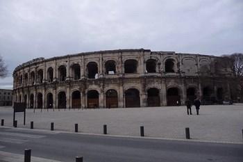 Car rental Nîmes