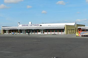 Autovuokraamo Odense Lentokenttä