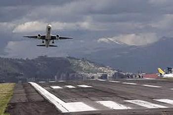 Autovuokraamo Quito Lentokenttä