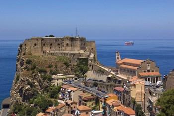 Biluthyrning Reggio Calabria