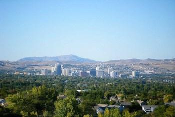 Biluthyrning Reno