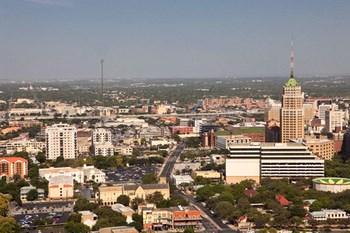 Autopůjčovna San Antonio