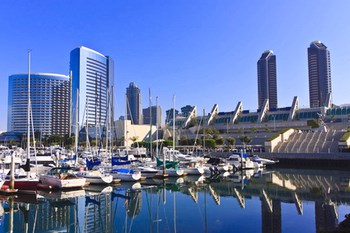 Autovuokraamo San Diego
