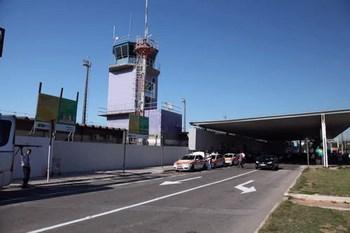 Autovuokraamo Vitória Lentokenttä