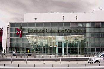 Autovuokraamo Varsova Lentokenttä